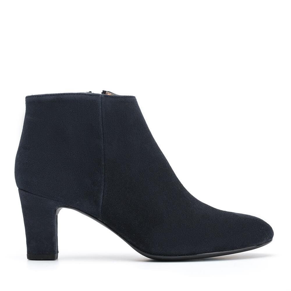 finest selection 6e211 3a8b6 Ankle Boots aus Wildleder