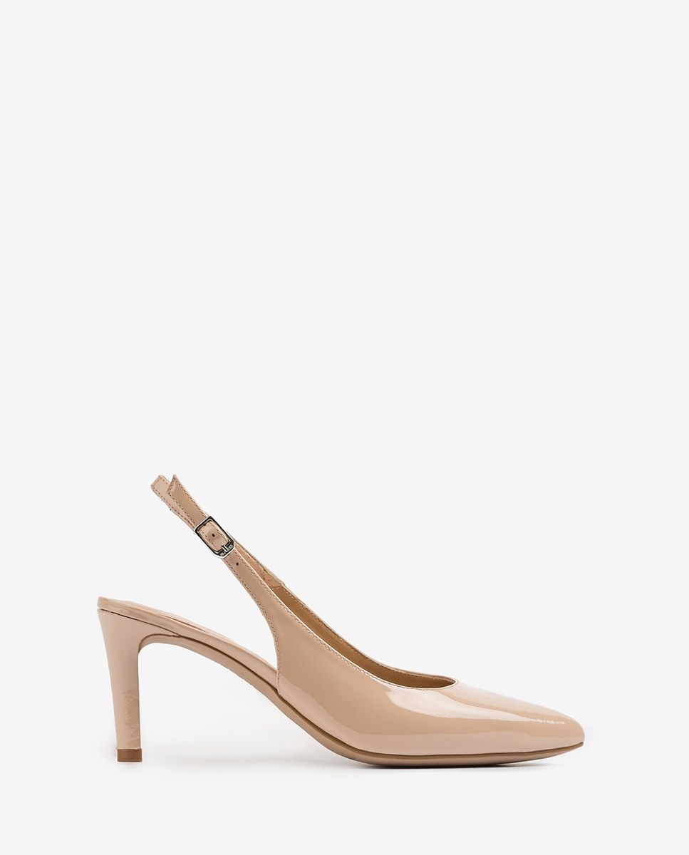 Patent leather slingbacks pointy toe