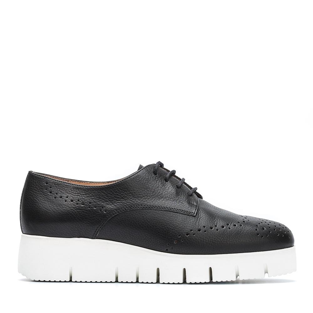 7e12d79cd0133 Women s Shoes Online - Handbags for Women Online - UNISA