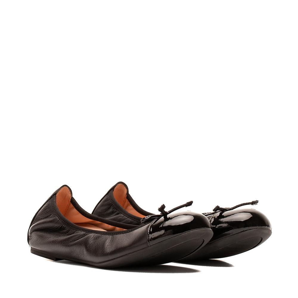 Patent leather contrast ballerina