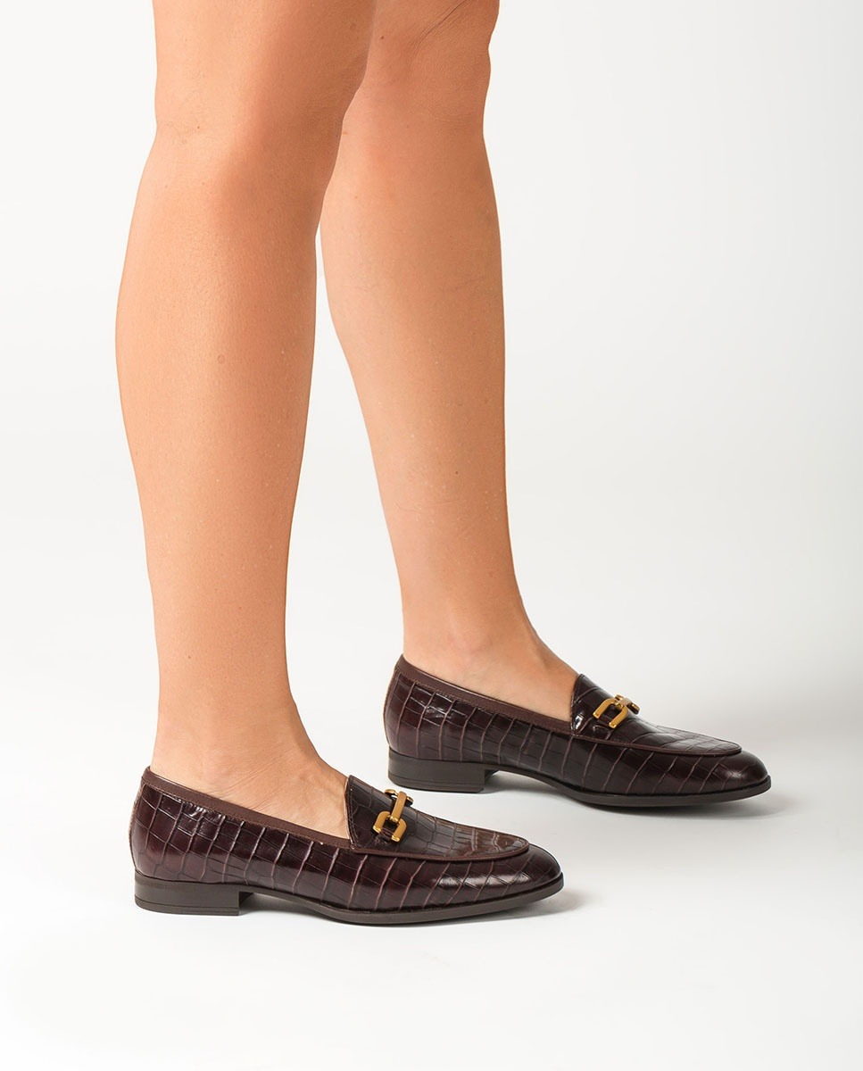 Brown croc effect gloss leather loafers