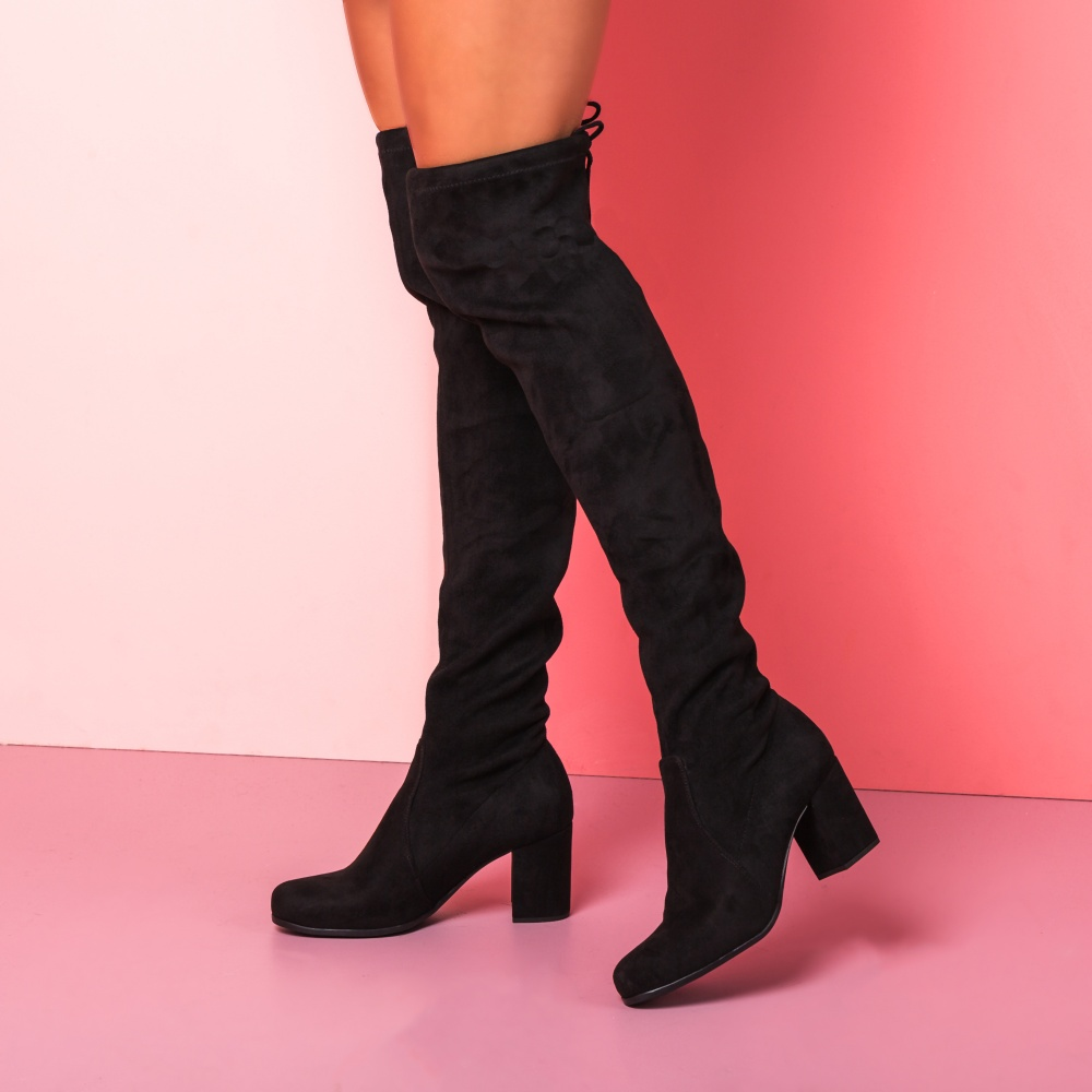 Bow shaft over-the-knee stretch boot