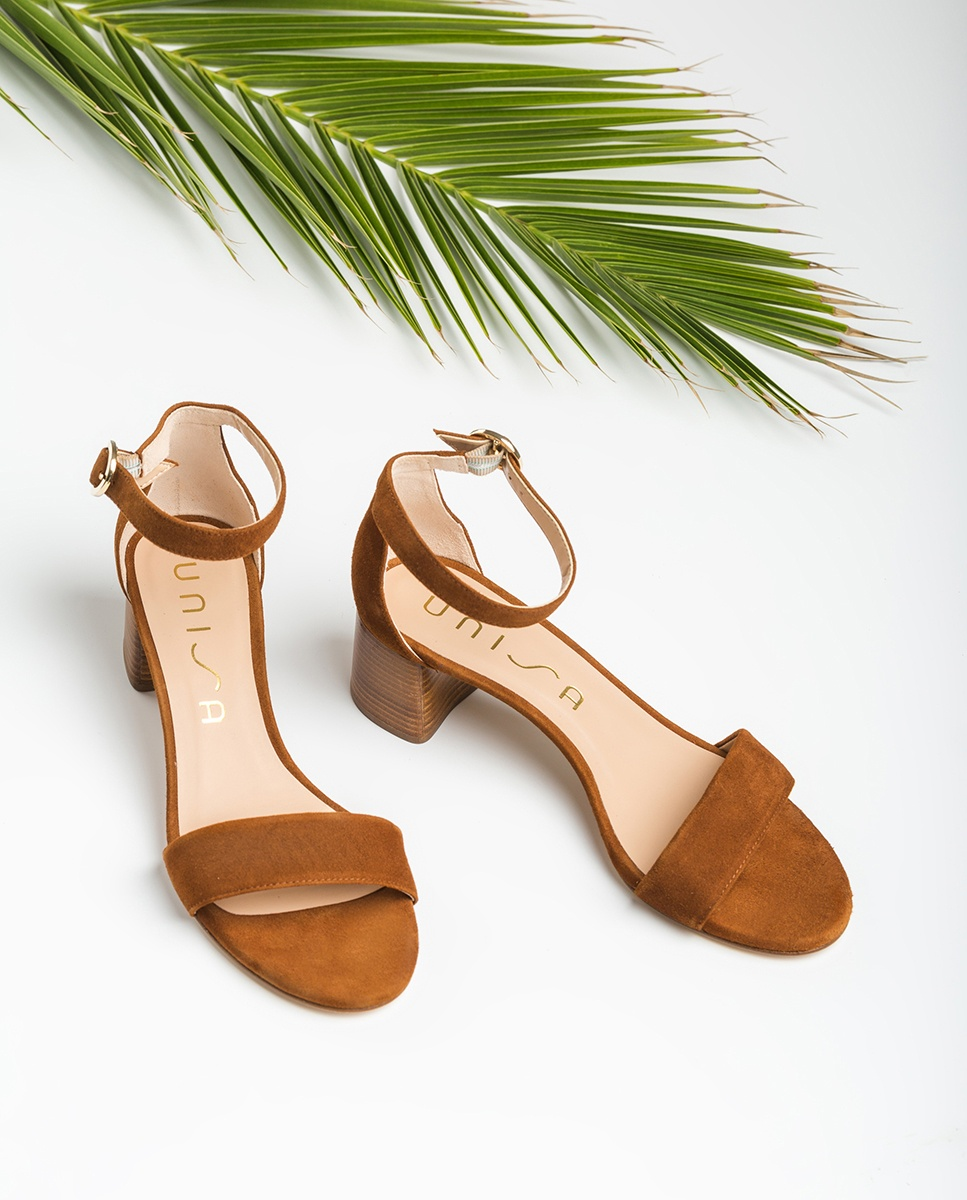 Brown sandals medium heel