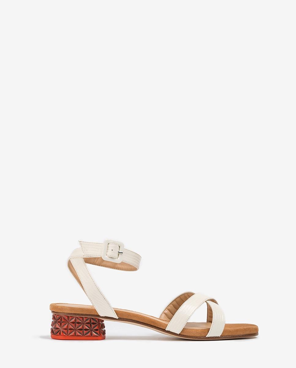 Sandale cuir talon taillé