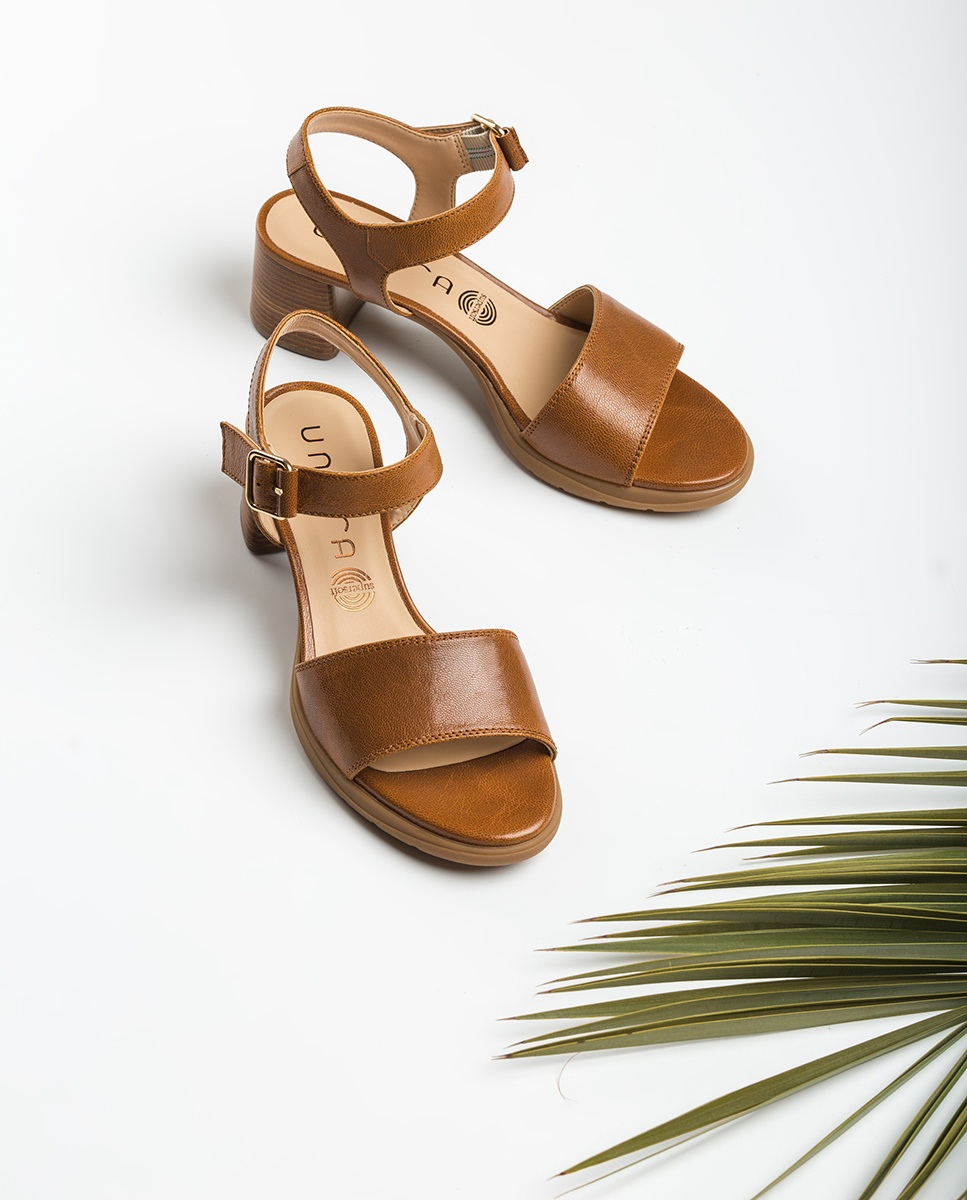 Brown sandals wood effect heel