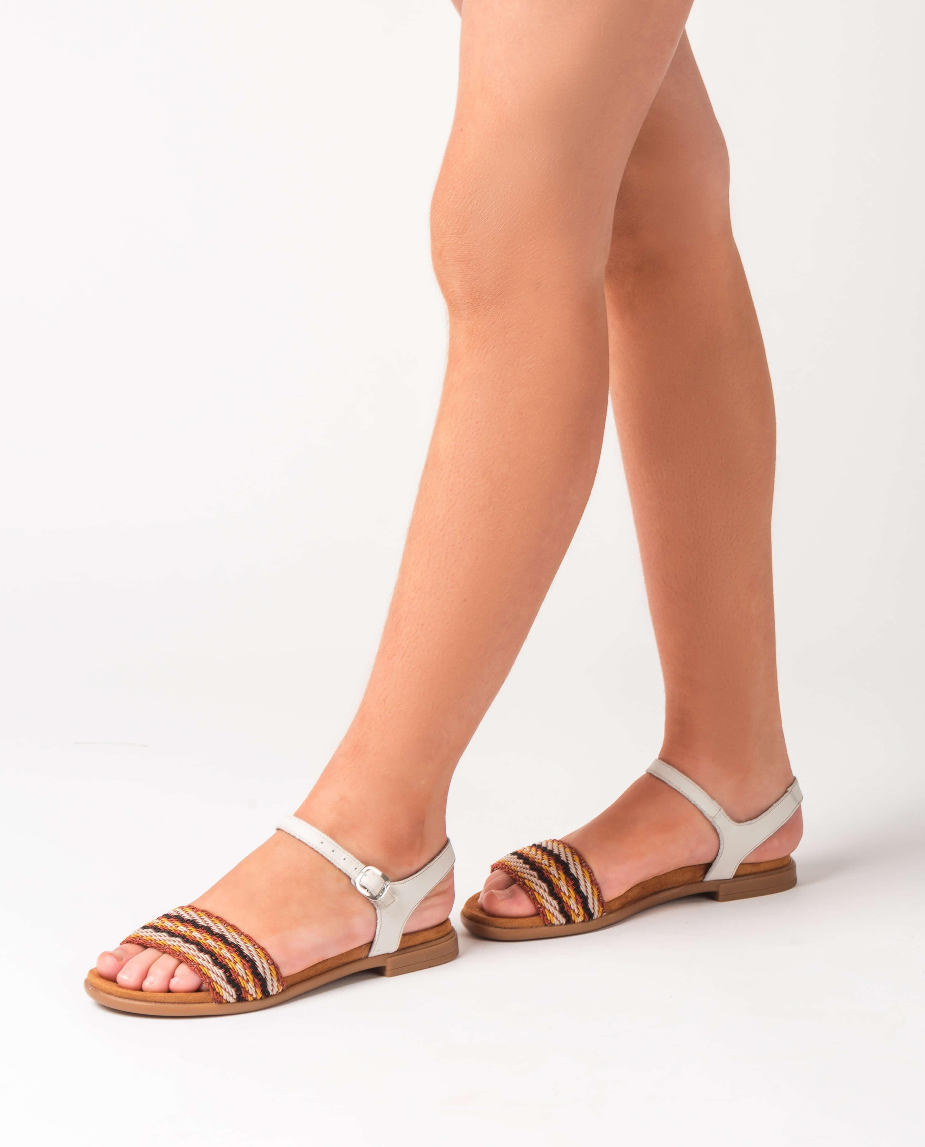 Little girl braided sandals