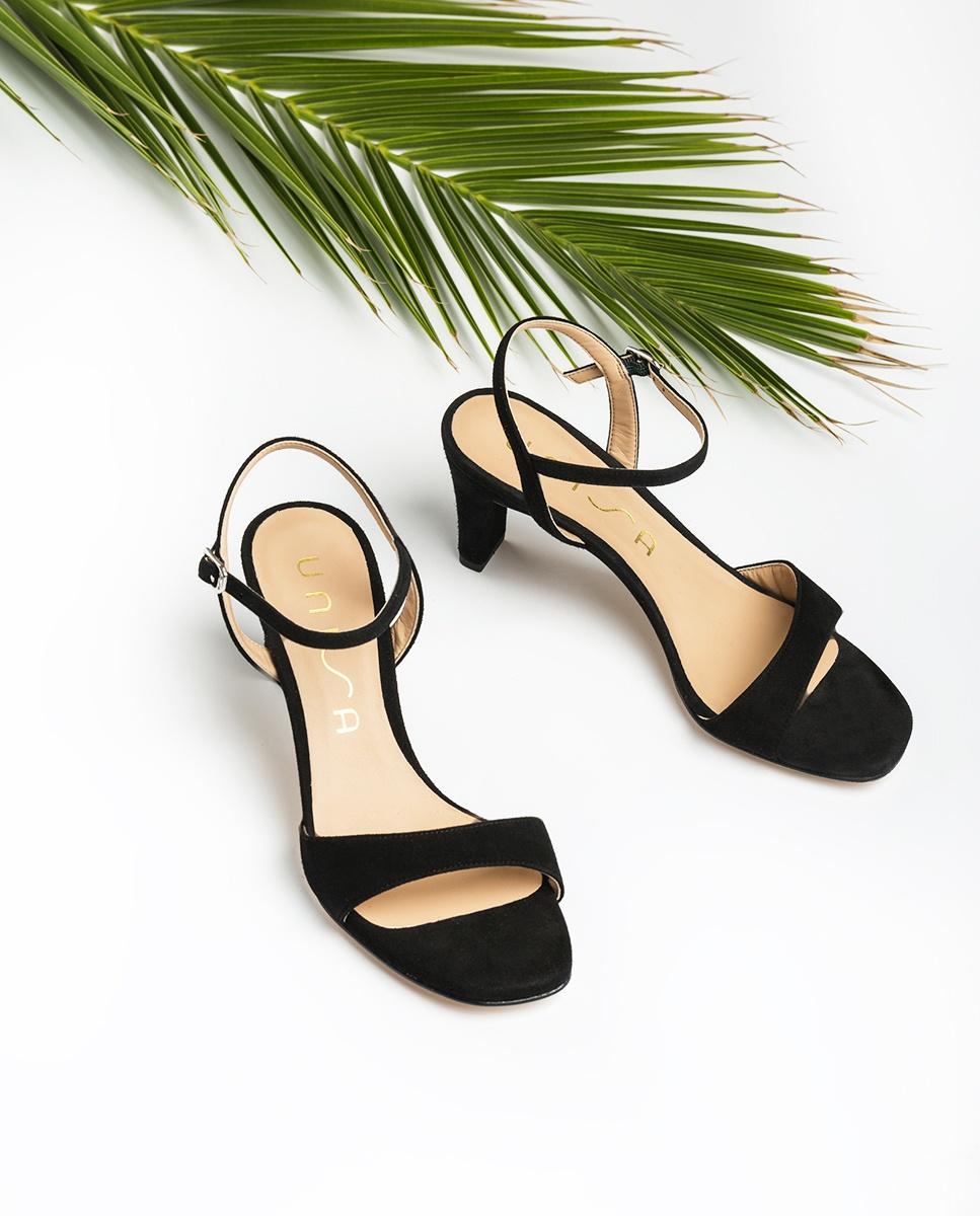 Black Medium Heels